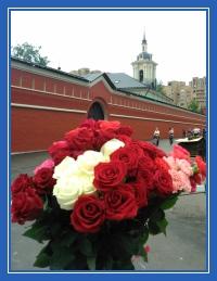 Цветы к мощам