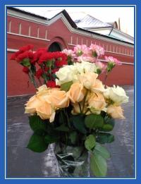 Цветы, гвоздики, розы