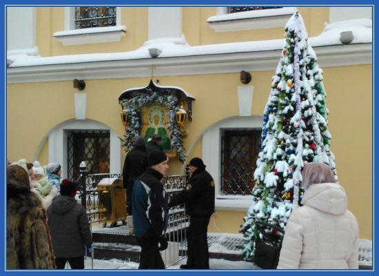 Святая Матрона, елка, Чудотворная икона, монастырь Покровский