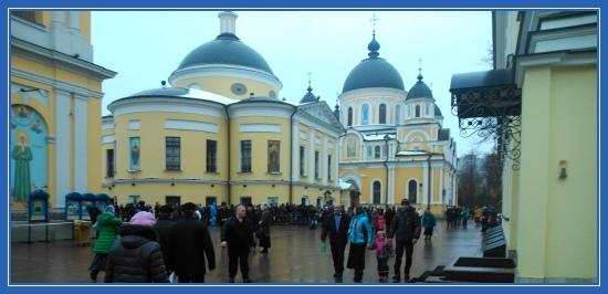 Покровский монастырь, площадь, святая Матрона