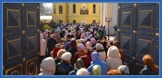 Святая Матрона Московская, очередь, Покровский монастырь, чудеса