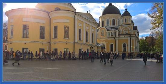 Покровский монастырь, Святая блаженная Матрона Московская