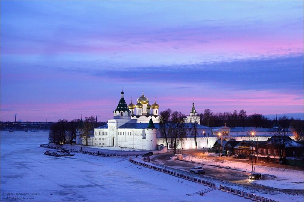 Кострома, Ипатьевский монастырь зимой на закате
