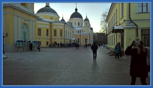 Покровский монастырь в праздник Рождества Христова