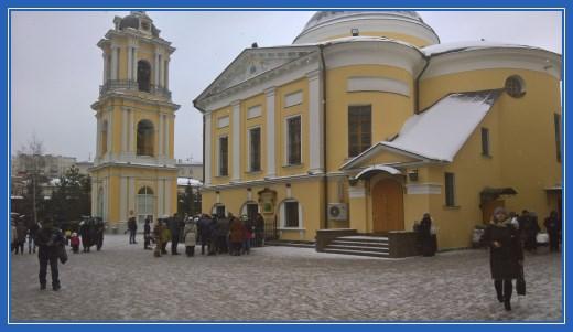 Покровский храм и монастырская колокольня