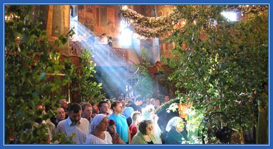 Сретенский монастырь. День Святой Троицы