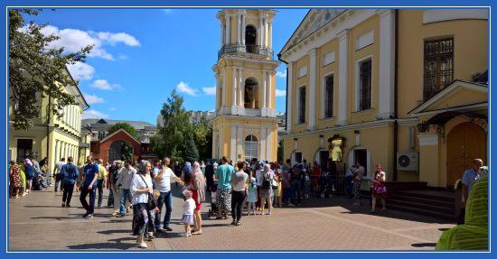 Покровский монастырь. Чудотворная икона блаженной Матроны