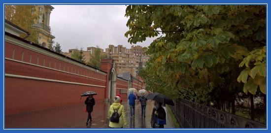 Дорога в Покровский монастырь
