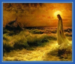 Иисус Христос идет по волнам, по морю, по воде