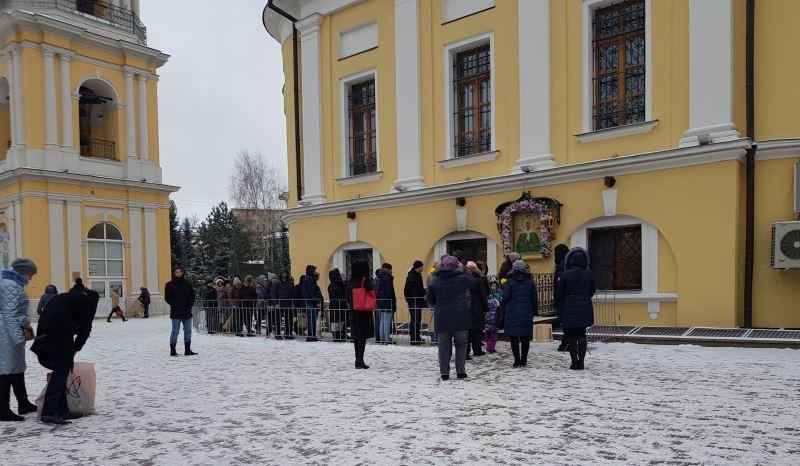 В Сретенский и Покровский монастыри - 2 декабря