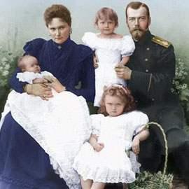 Как изменить лживые стереотипы в отношении Николая II и его семьи?
