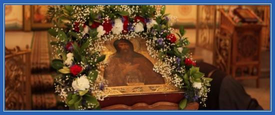 Преподобный Варлаам Хутынский, икона в храме