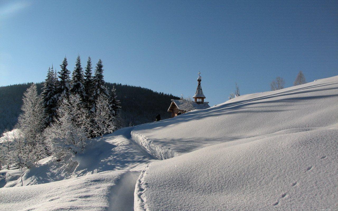 Храм на горе - зима