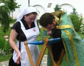 Почему нельзя исповедываться без священника?