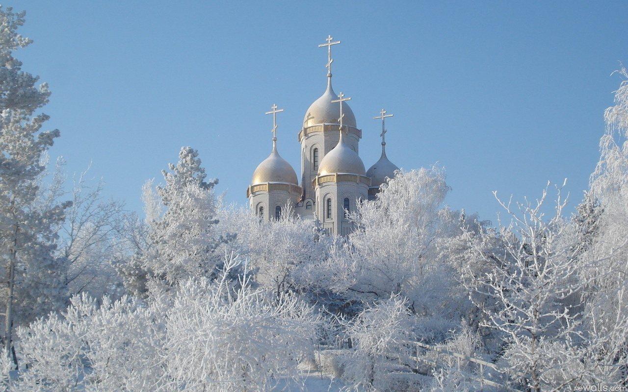 Красивый зимний фон - храм