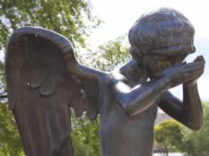 Своими грехами мы удаляем Ангела Хранителя