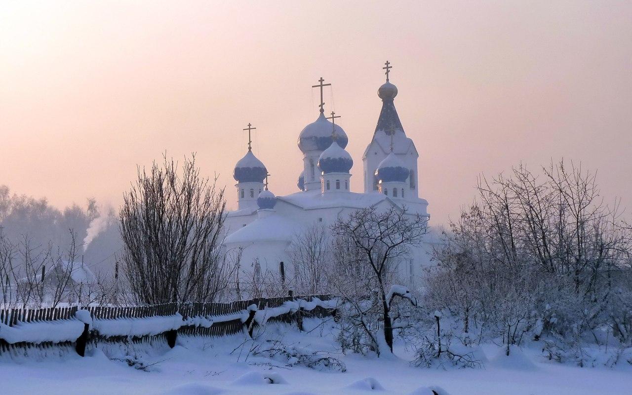 Сельский храм - зимние фоны
