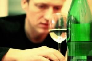 Что нужно делать родственникам алкоголика?