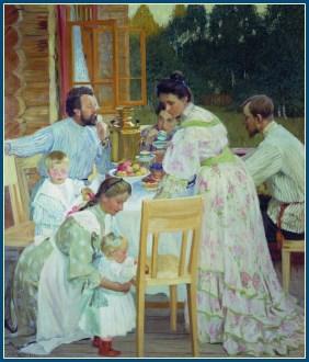 Семья за чаепитием