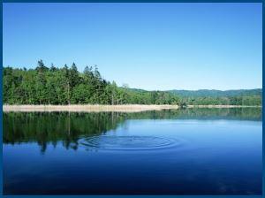 Озеро, вода