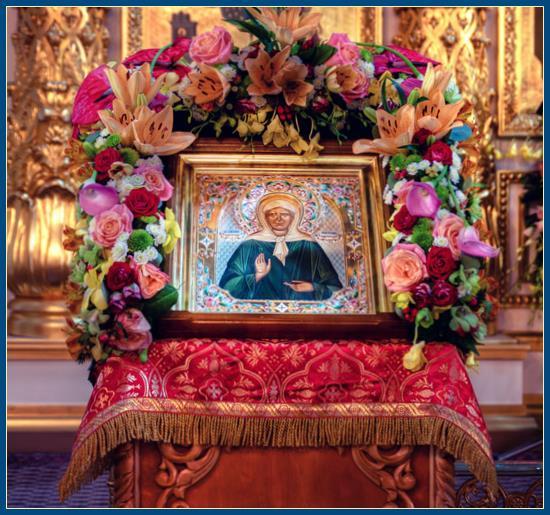 Икона святой Матроны - в храме