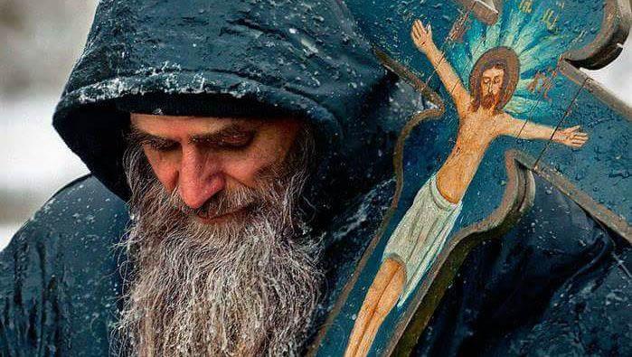 Смирение, Монах с Распятием