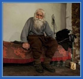 Дедушка Добрий