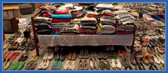 Вещи, одежда, хлам, много