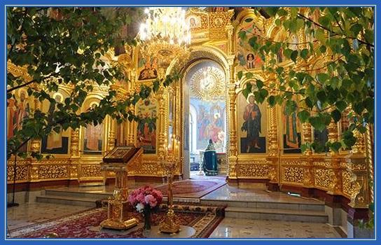 Храм на праздник Святой Троицы