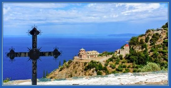 Гора Афон, море, горы, монастырь, крест