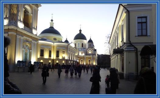 Покровский монастырь, вечер