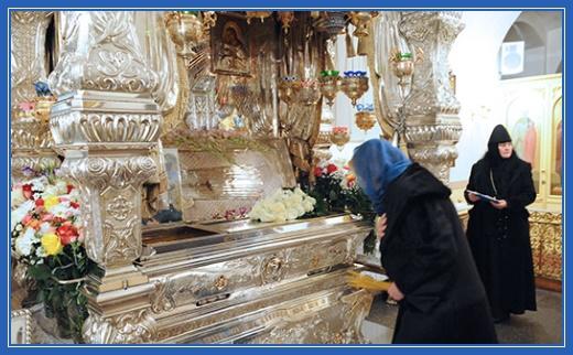 Покровский монастырь. Мощи блаженной Матроны