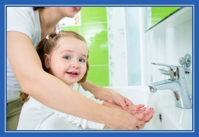 Мытье рук, с мамой