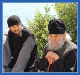 Монахи, старец, беседа
