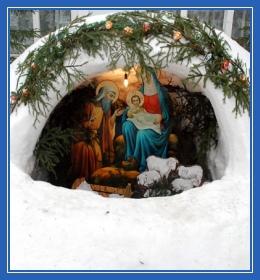 Рождественский вертеп, у храма, зима, снег