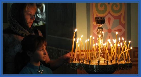 Храм, свечи, ребенок