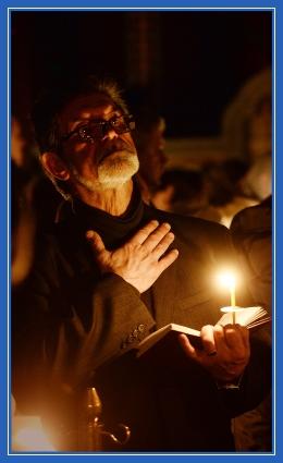 Покаяние, молитва, мужчина в храме, пост