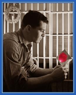 В тюрьме, заключенный