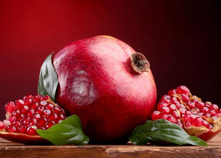 Гранат - очень полезный плод!
