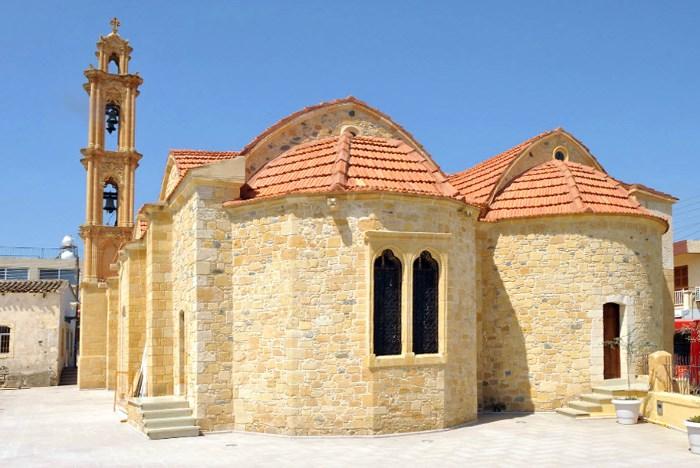 Святые Киприан и Иустина на Кипре