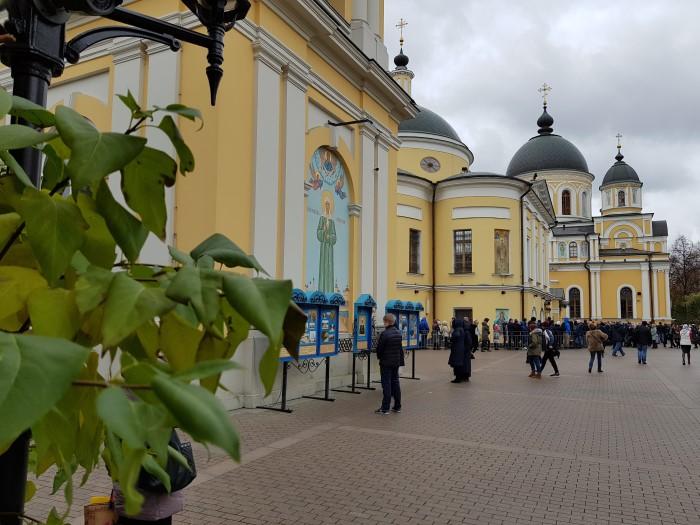 Паломничество в Сергиевский храм, Сретенский и Покровский монастыри