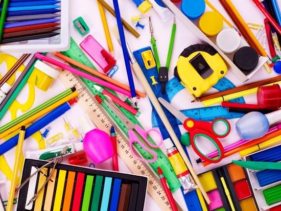 О линейках и ручках для наших школьников