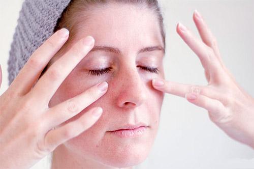 Точечный массаж против насморка