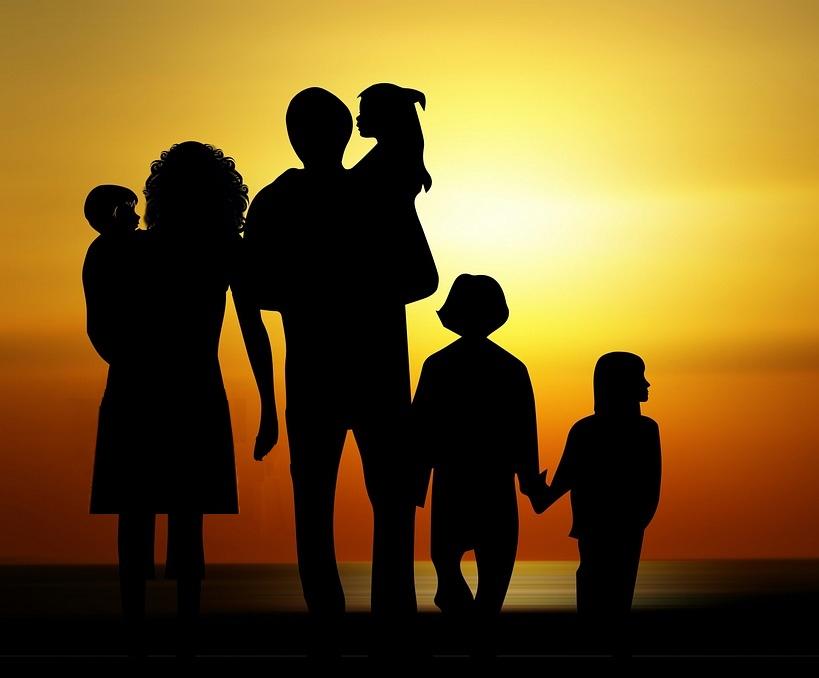 О современных тенденциях развития института семьи