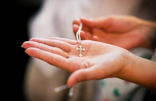 Как поступить с найденным крестом?