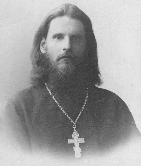 Священник Грацианов