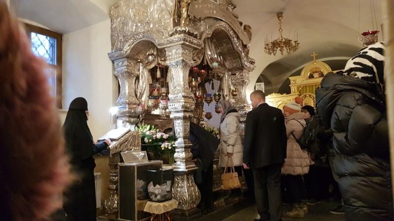 На Литургию и к св. Матроне 15 декабря 2019