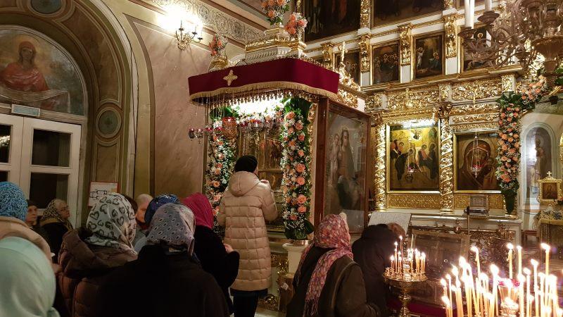 На праздники к Поясу Богородицы, «Нечаянной Радости» и свт. Николаю!