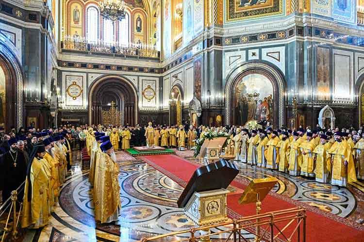 Духовенство. Храм Христа Спасителя