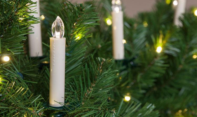 Елка, свечи на елке